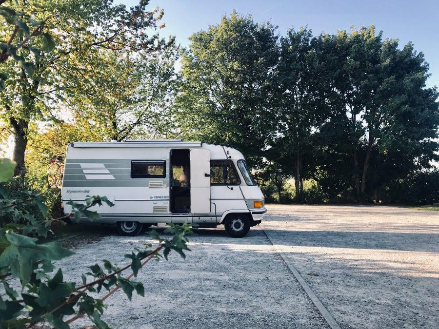 husvagn-auktion-mörbylånga-bil-fordon-naturen-bra-skick-online